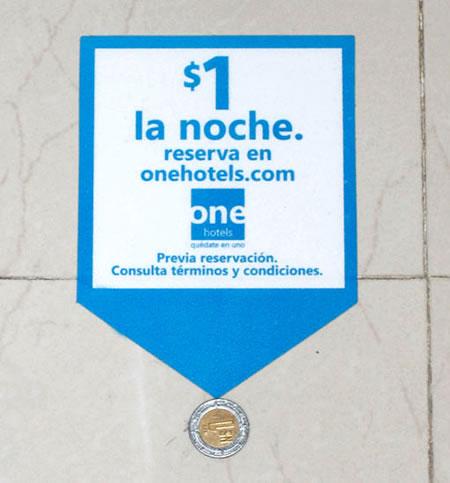 hoteles one, publicidad en la calle