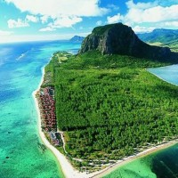 BACHES-OF-MAURITIUS-AFRICA.