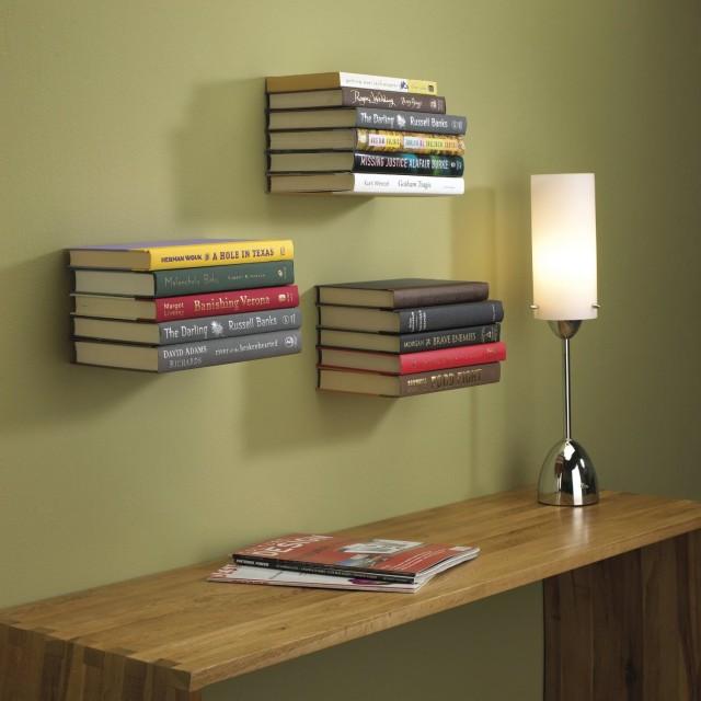 sujetador de libros invisible 1 e1358452502961 Genial sujetador de libros invsible para pared