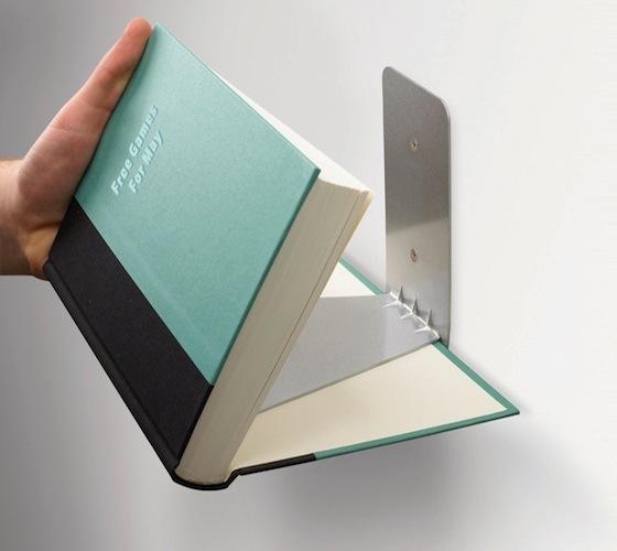 sujetador de libros invisible 2 Genial sujetador de libros invsible para pared