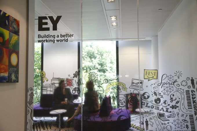 ernst and young logo 2