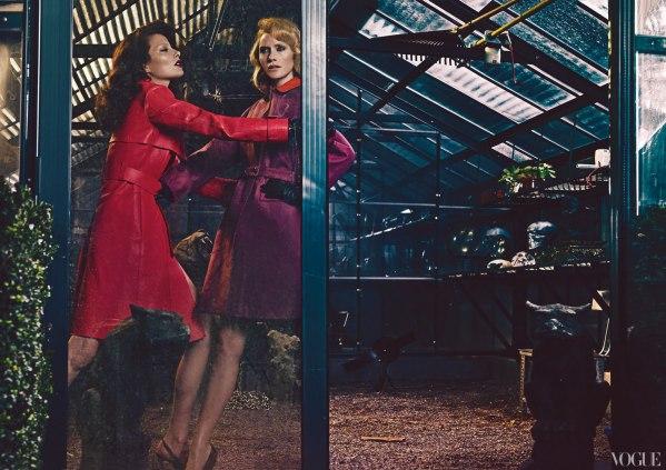 Errores de diseño en publicidad Amber Valletta and Shalom Harlow