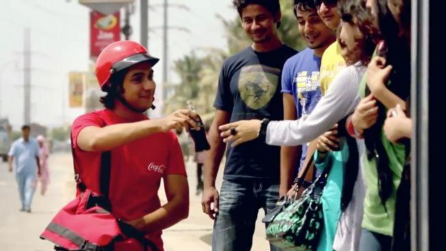 Video de Coca-Cola Smile Back