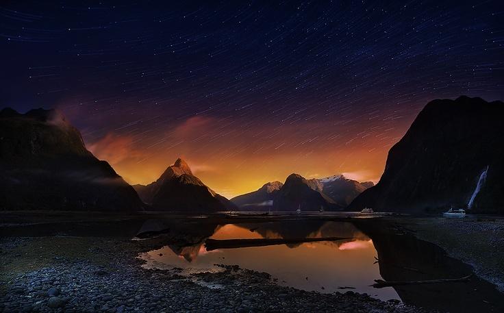 Milford sound2, NZ por Weerapong Chaipuck