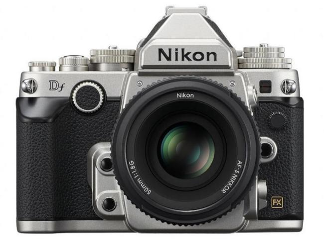 nueva cámara Nikon Df, frente