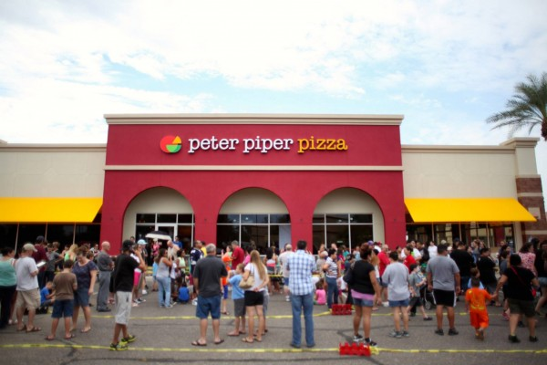 peter_piper_pizza_front