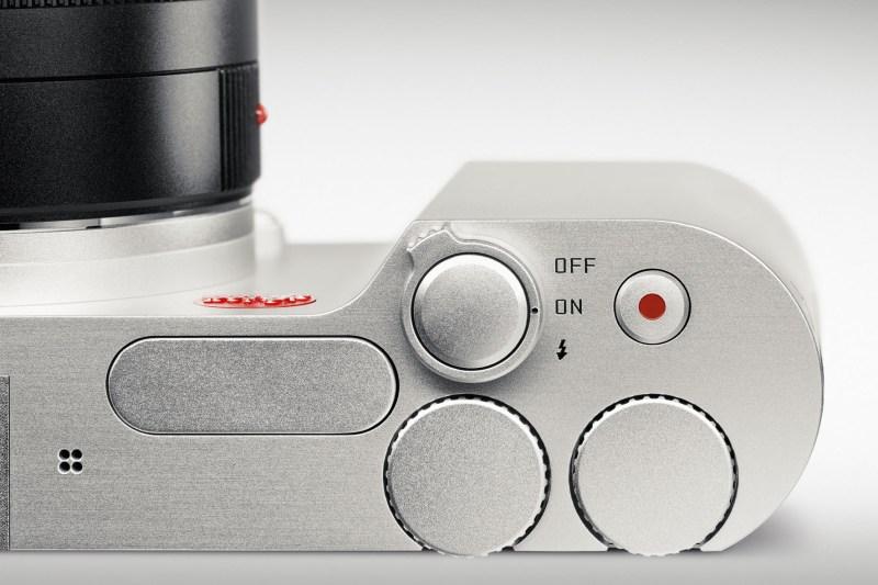 Leica-T_silver_CU_01