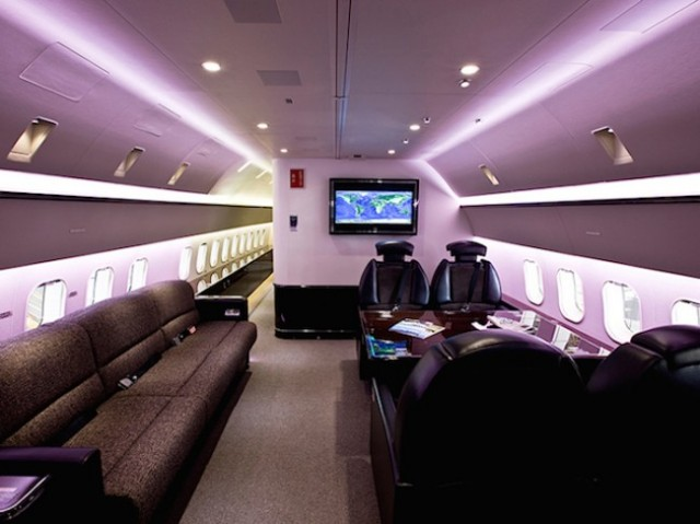 boeing 737 con interiores de lujo 3