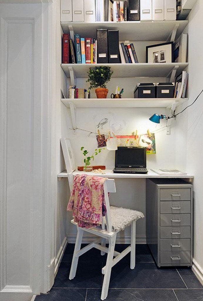 20 fotos de oficinas en casa para inspirarte a montar for Ideas para oficinas pequenas