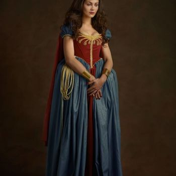 superheroes siglo 16 mujer maravilla