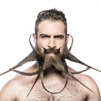 Incredibeard hace arte con su barba img 10
