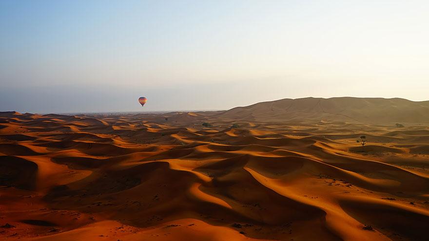 """Desert Dawn"" por Gareth Lowndes"