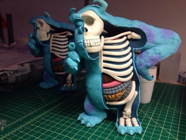 10 Esculturas que muestran la anatomía de personajes... - Frogx Three