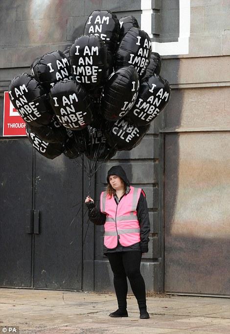 parque tematico dismaland Banksy 14
