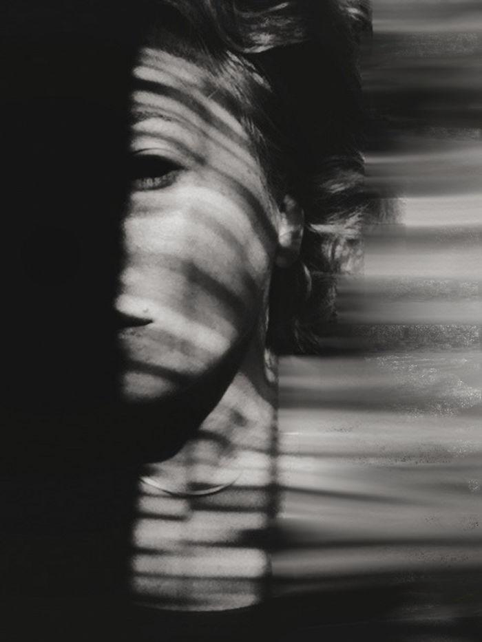 creative-hard-shadow-photography-37-57e279bebdf6a__700