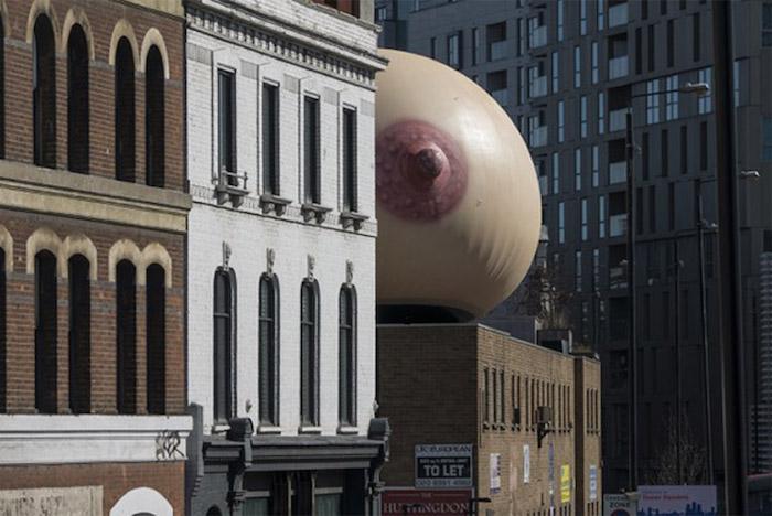 campaña que muestra una bubi gigante