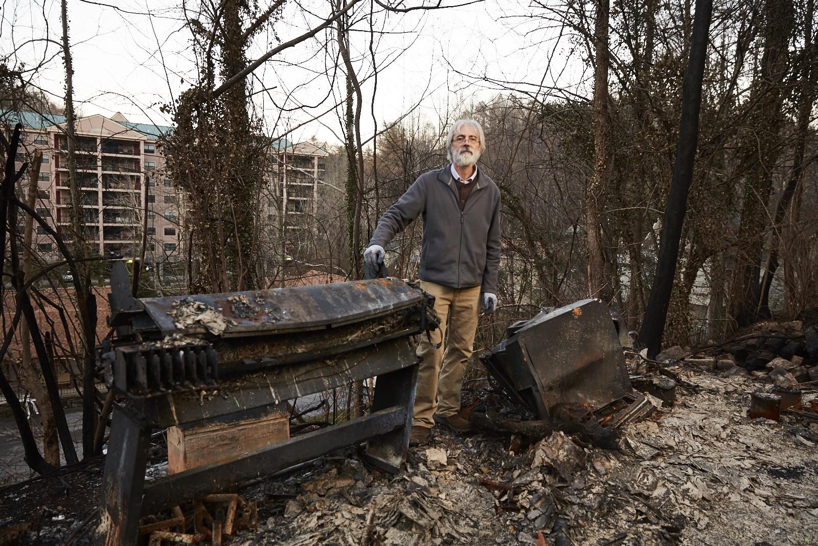Serie fotográfica que muestra el dolor de perder todo en un incendio