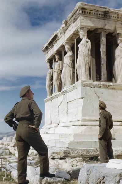 El ejercito británico en Atenas