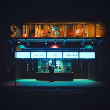 Neon Nights, una serie fotografica que relata la vida nocturna en NY (1)