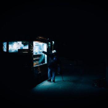 Neon Nights, una serie fotografica que relata la vida nocturna en NY (2)