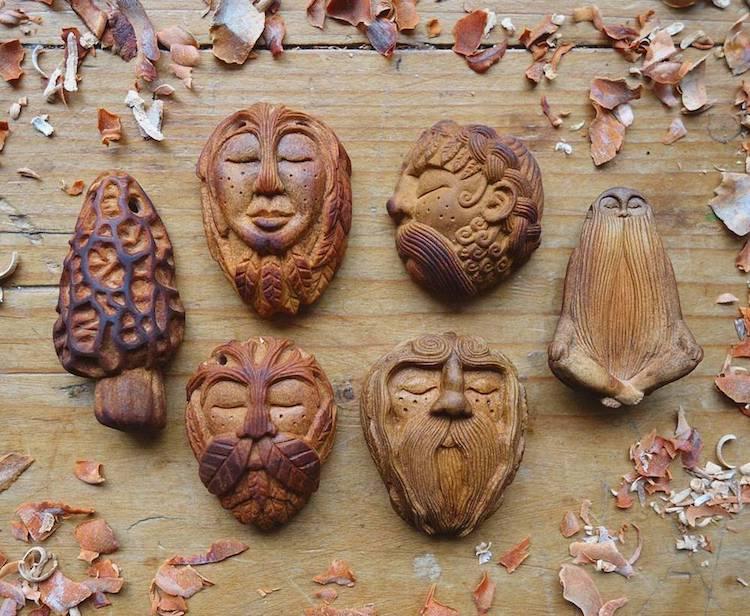 Esculturas realizadas en semillas de aguacate