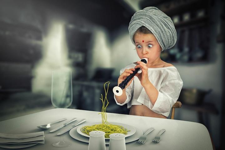 Fotógrafo crea fantásticas escenas para sus hijas