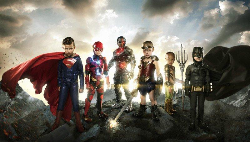niños con discapacidad en superhéroes
