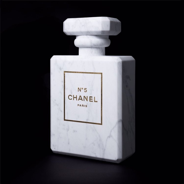 Ropa hecha de mármol