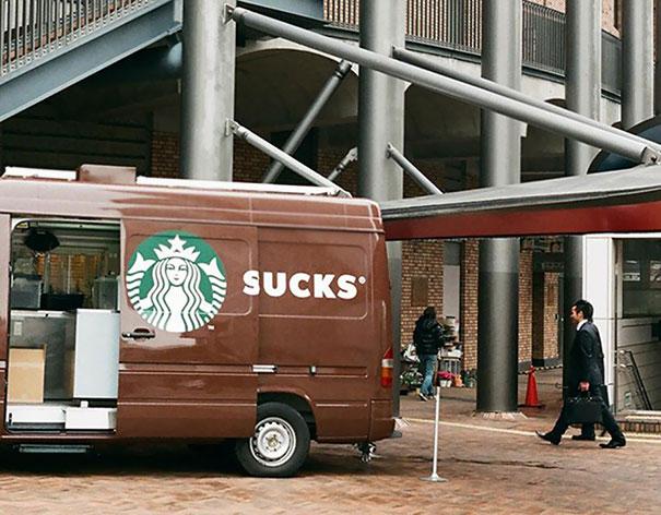 """""""Starbucks Sucks"""", cuando la publicidad juega en tu contra."""