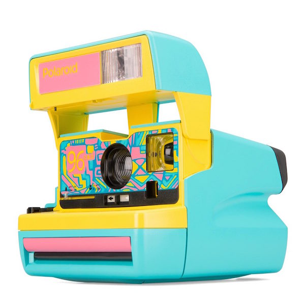 Polaroid-600-96-Cam-Camera-1996-1990-90s-Throwback-5