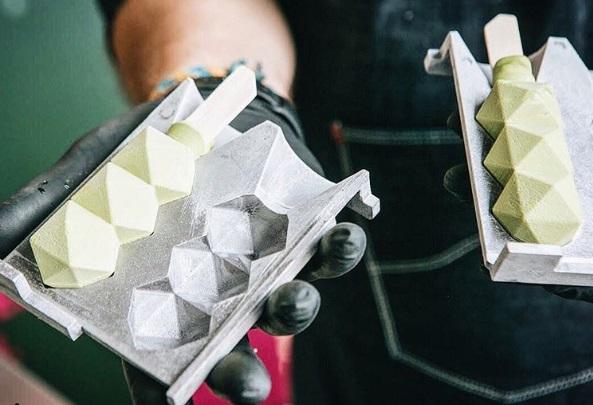 Starbucks lanza paletas 3D