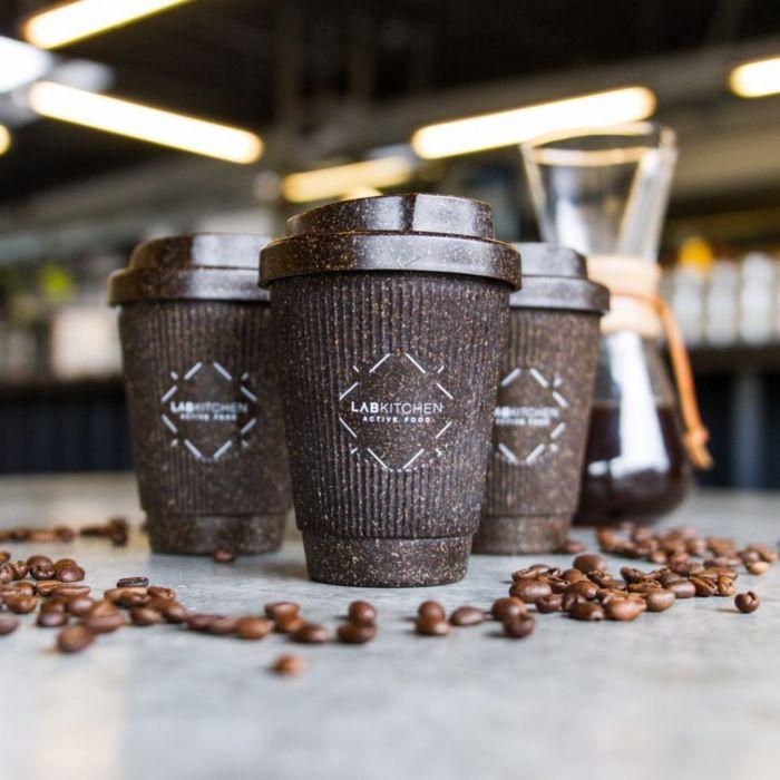 Diseños de tazas para café hechas de café