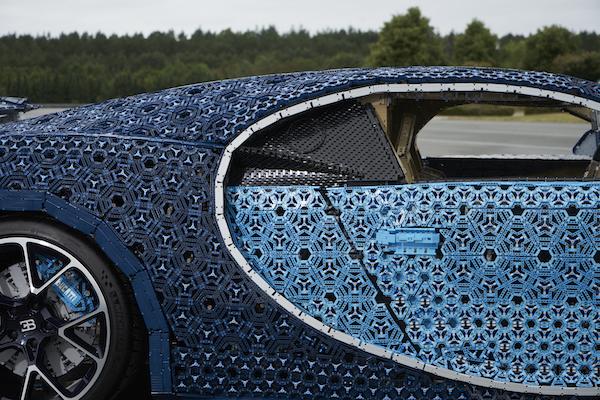 Bugatti LEGO (3)