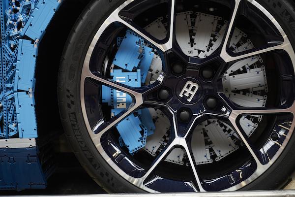 Bugatti LEGO (7)