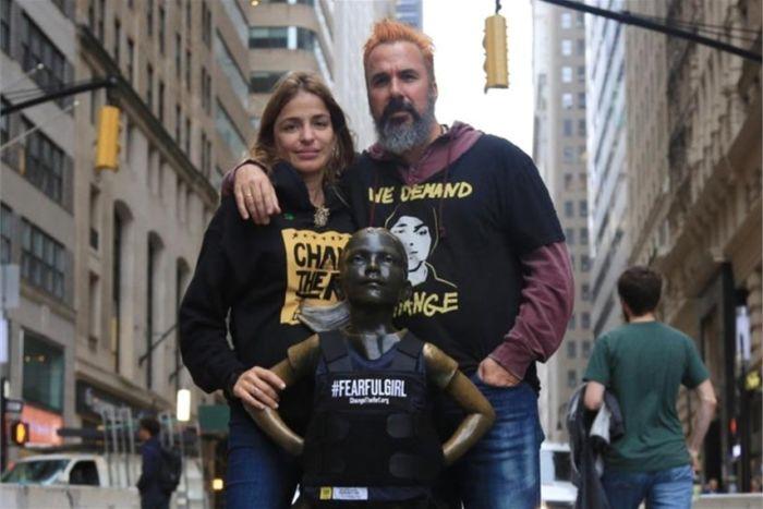 Chaleco antibalas en la 'Fearless Girl'