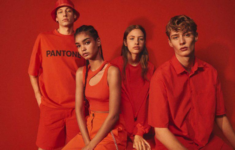 Pantone lanza colección de ropa y accesorios